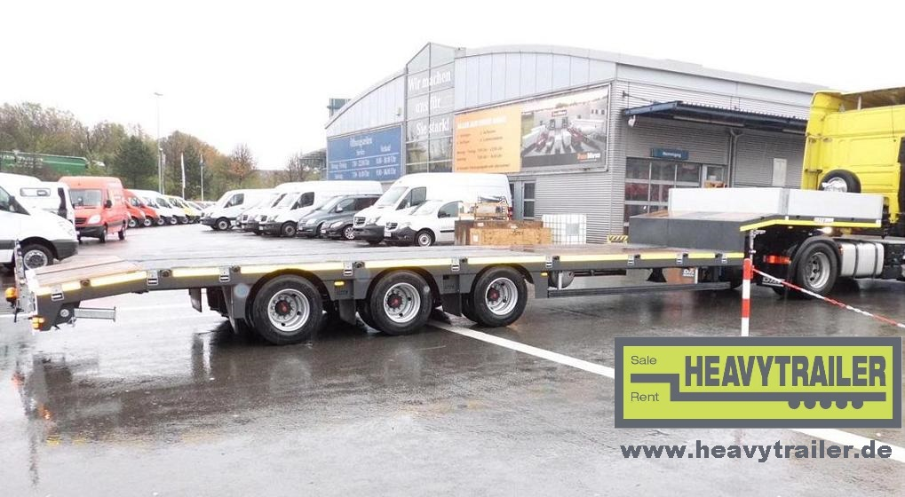 MAX Trailer 3-axle semi trailer (30