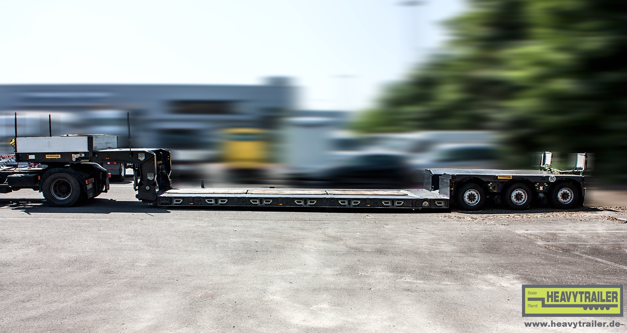 Faymonville 3-axle MEGAMAX trailer with swinging half axles
